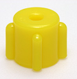 Male vented cap, yellow. Material: Polyethylene. Model 1257